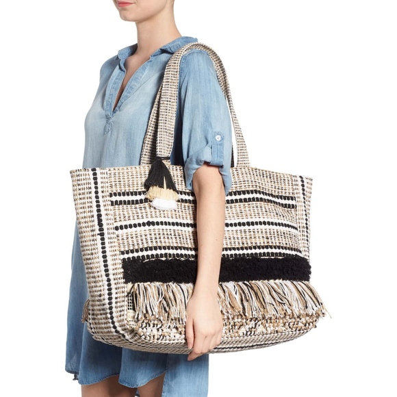 7c0bac3a0208 Amuse Society Bags | Carried Away Woven Weekend Tote Nwt | Poshmark